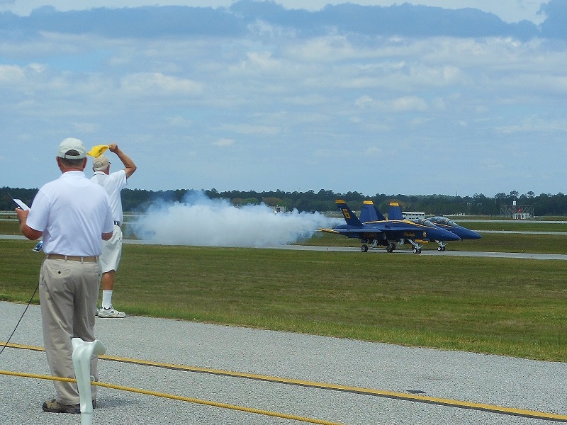 Blue Angels Practice Session: Flying High