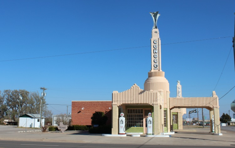 The Conoco Station roadside attraction is located in Shamrock Texas