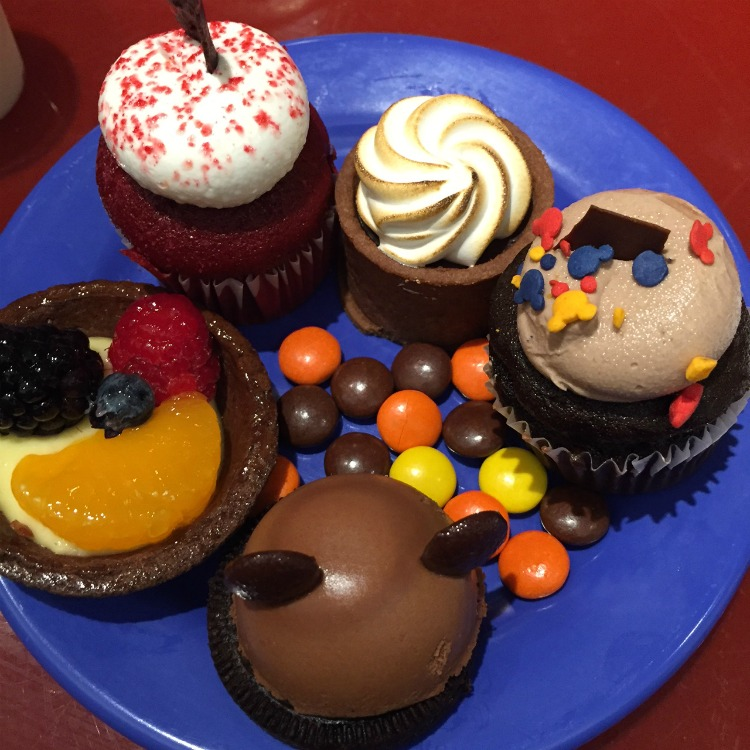 Top Reasons to Stay On-Property at Disney World Resort Chef Mickeys Desserts