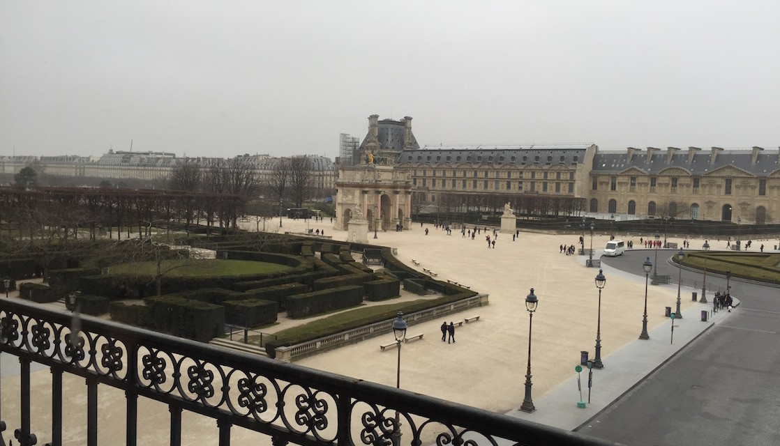 A Day in Paris: The Louvre and Notre Dame Castle (part one)