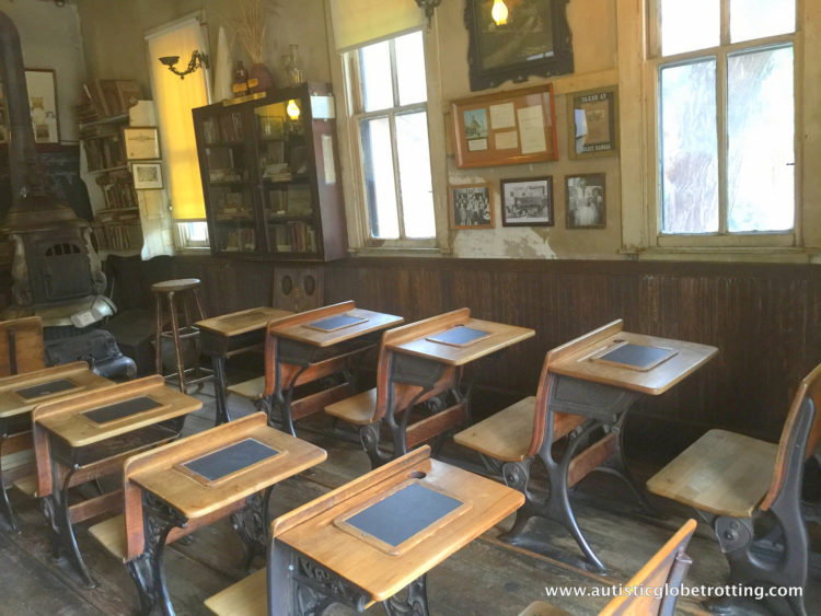Knotts Berry Farm Brings the Old West to Life for Families classroom