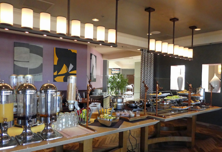 Breakfast Buffet at Acqua. Photo credit: Karen Heffren / Desert TravelingMom