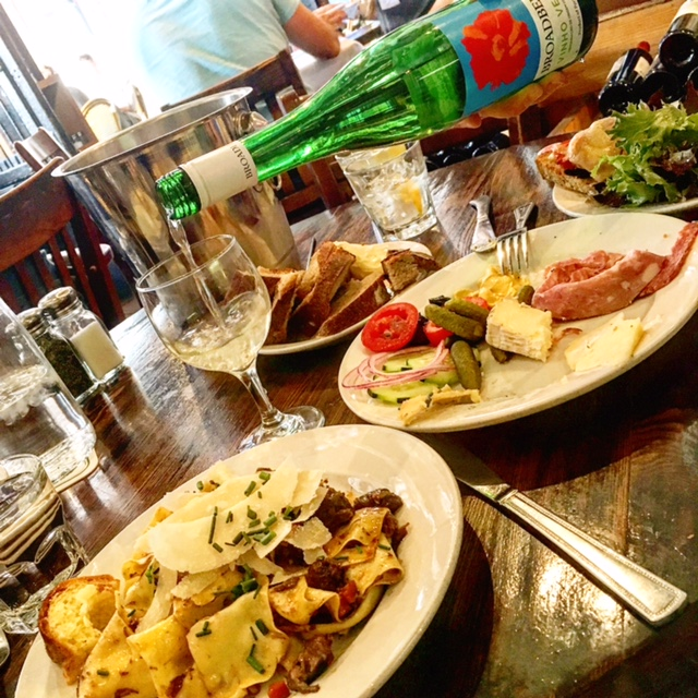 which omaha restaurants are local favorites like la buvette