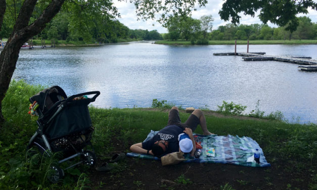 Complete Packing List for a Picnic with a Baby