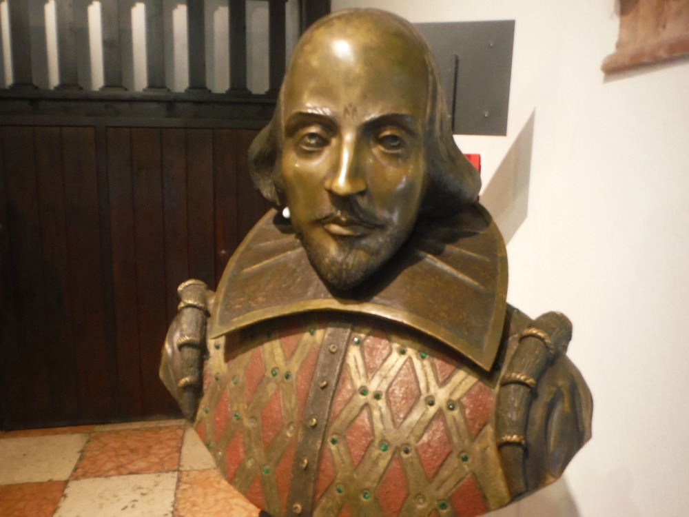 Shakespeare's Bust in Juliet's House. Photo Credit: Jessica Lippe