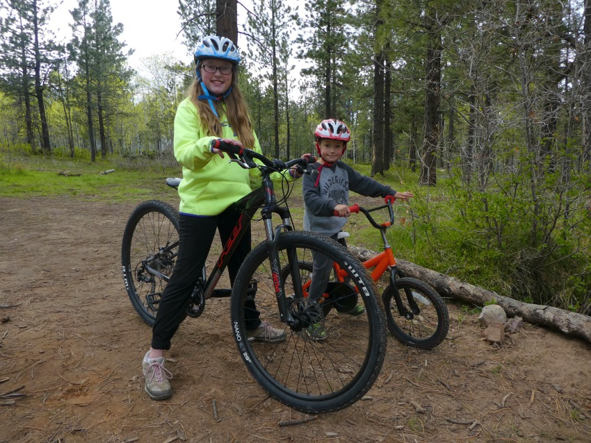 Things You Need for a Family Biking Adventure kids are ready