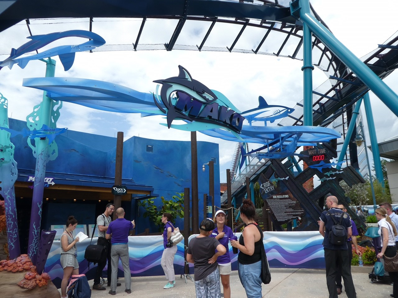 Mako Roller Coaster at SeaWorld