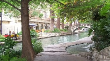 The Riverwalk is one of the free fun things to do in San Antonio. Photo credit: Pixabay