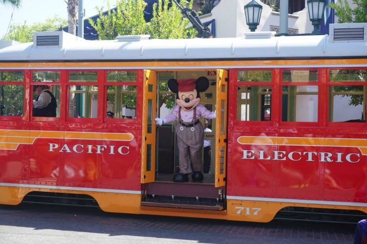 Want to visit Disneyland this year? All aboard!