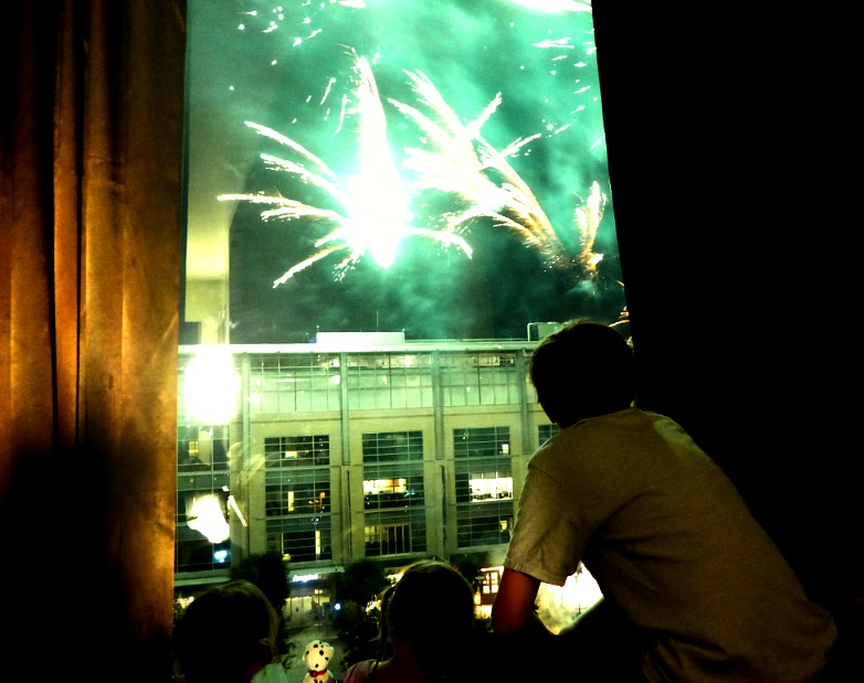 Hotel Sorella, houston fireworks, houston city centre
