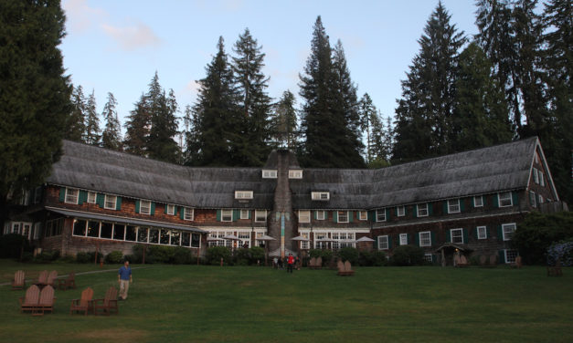 Lake Quinault Lodge Historic Lodging near Olympic National Park