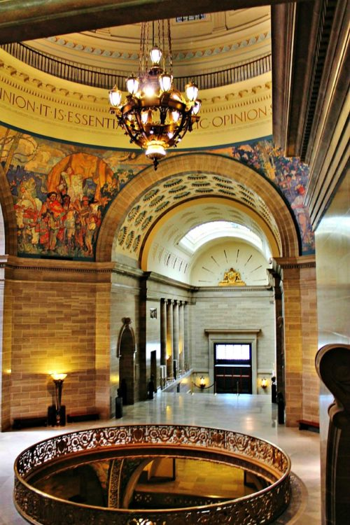 Missouri State Capitol, 1 of 9 family friendly must-see Missouri Museums