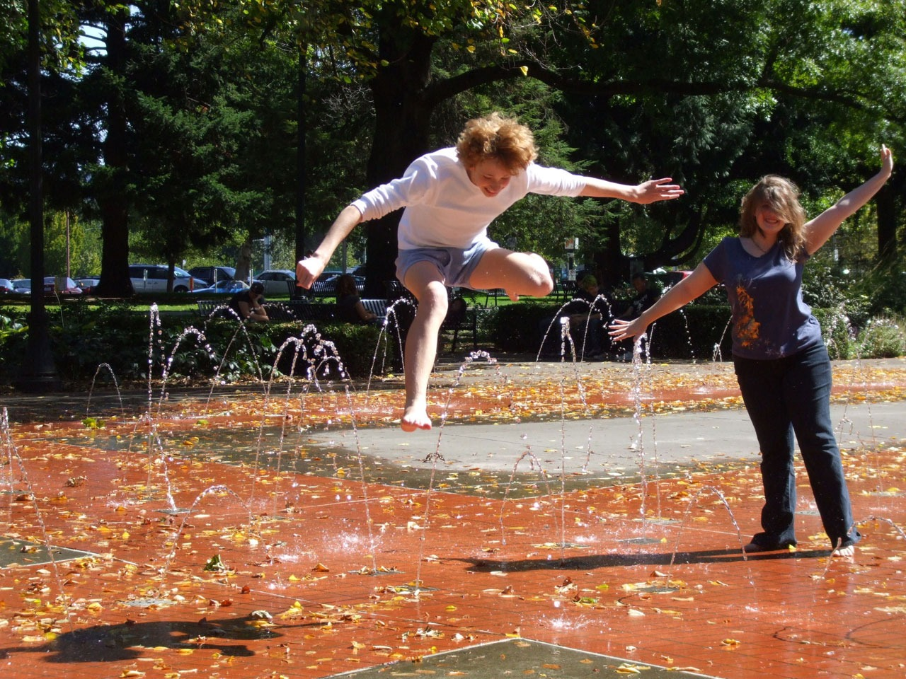 Splash pads are just one of the 18 fun free things to do in Portland Oregon with kids.