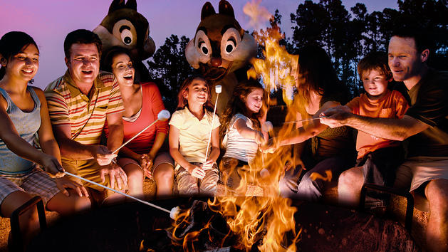 Free in Orlando Roasting Marshmallows with Disney chracters at Fort Wilderness Resort. Photo credit: Walt Disney World