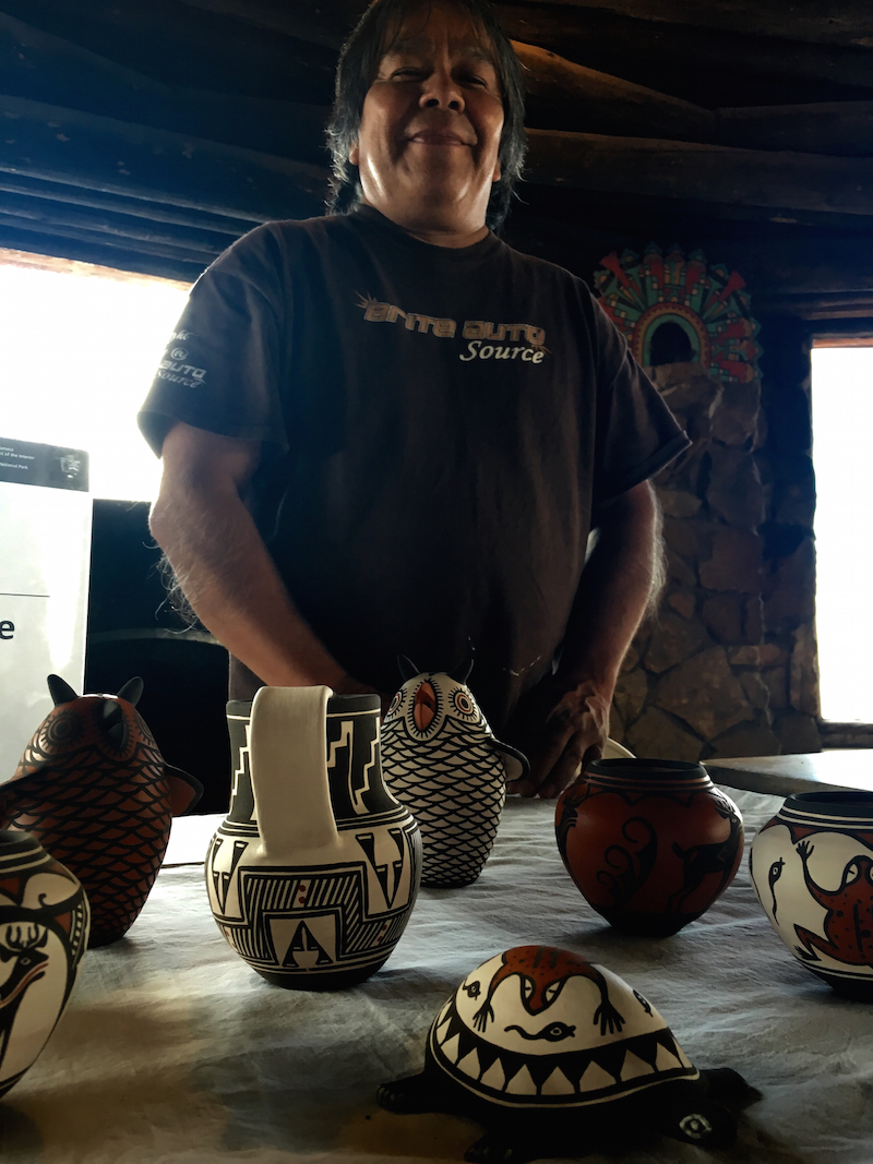 Native American Artist, Carlos Laate, Ultimate Guide for Families for Grand Canyon, Grand Canyon with kids,