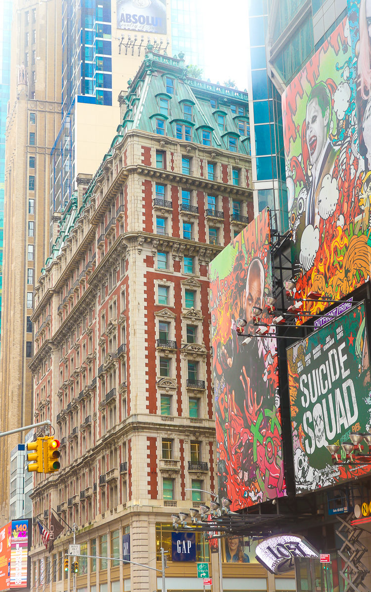 Next time you visit NYC, make sure to at least check out the Knickerbocker Hotel for a step back into timeless luxury.