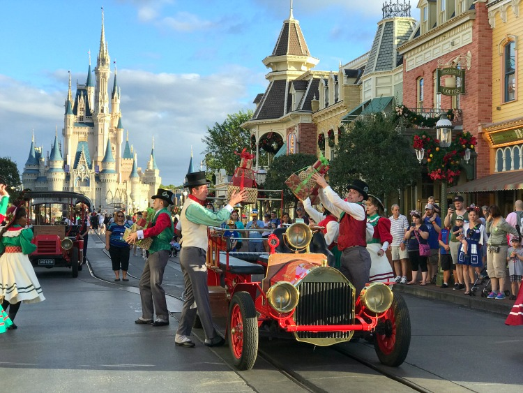 The Main Street Trolley Show is one of the funnest shows at Walt Disney World.