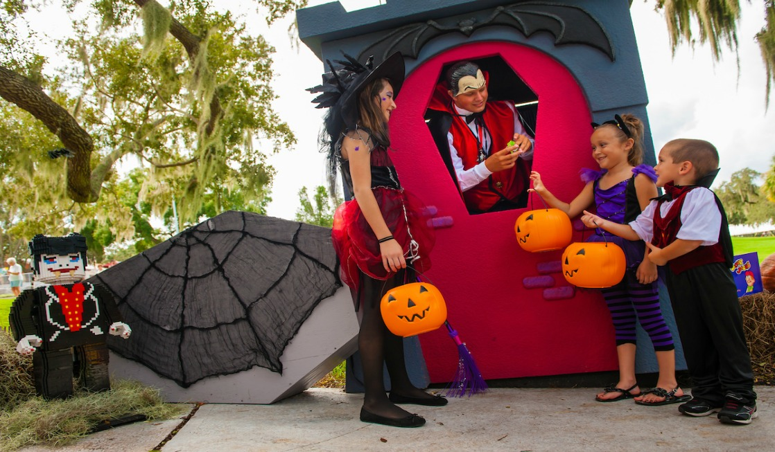 A LEGOLAND® Florida Brick or Treat Halloween celebration is a non-frightening, fun experience for the whole family - without an extra price tag.