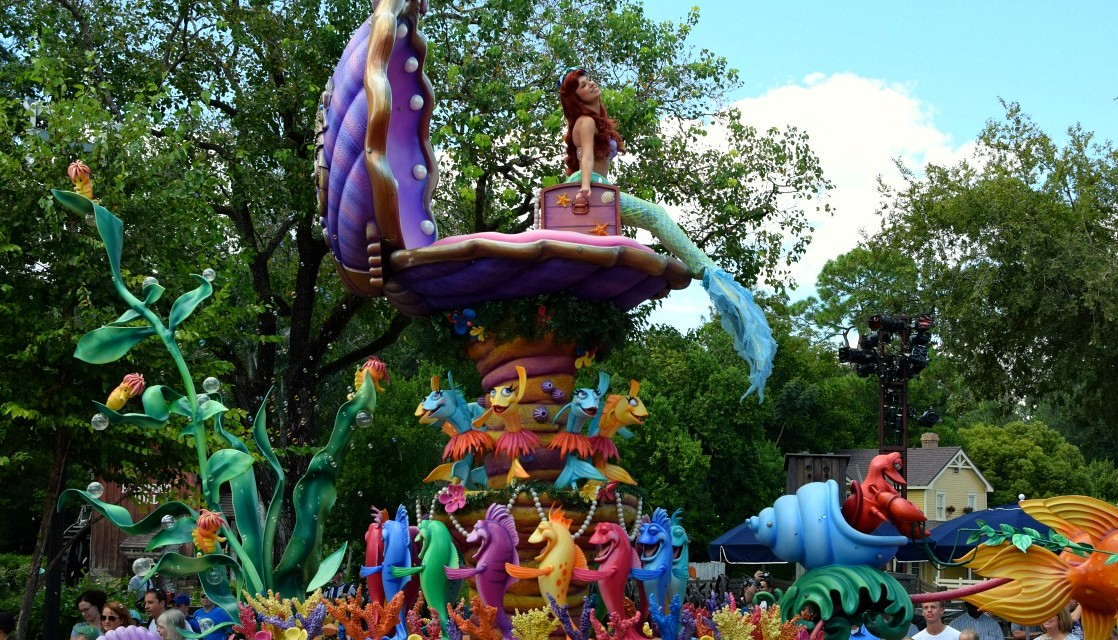 The 12 Best Walt Disney World Parades and Shows