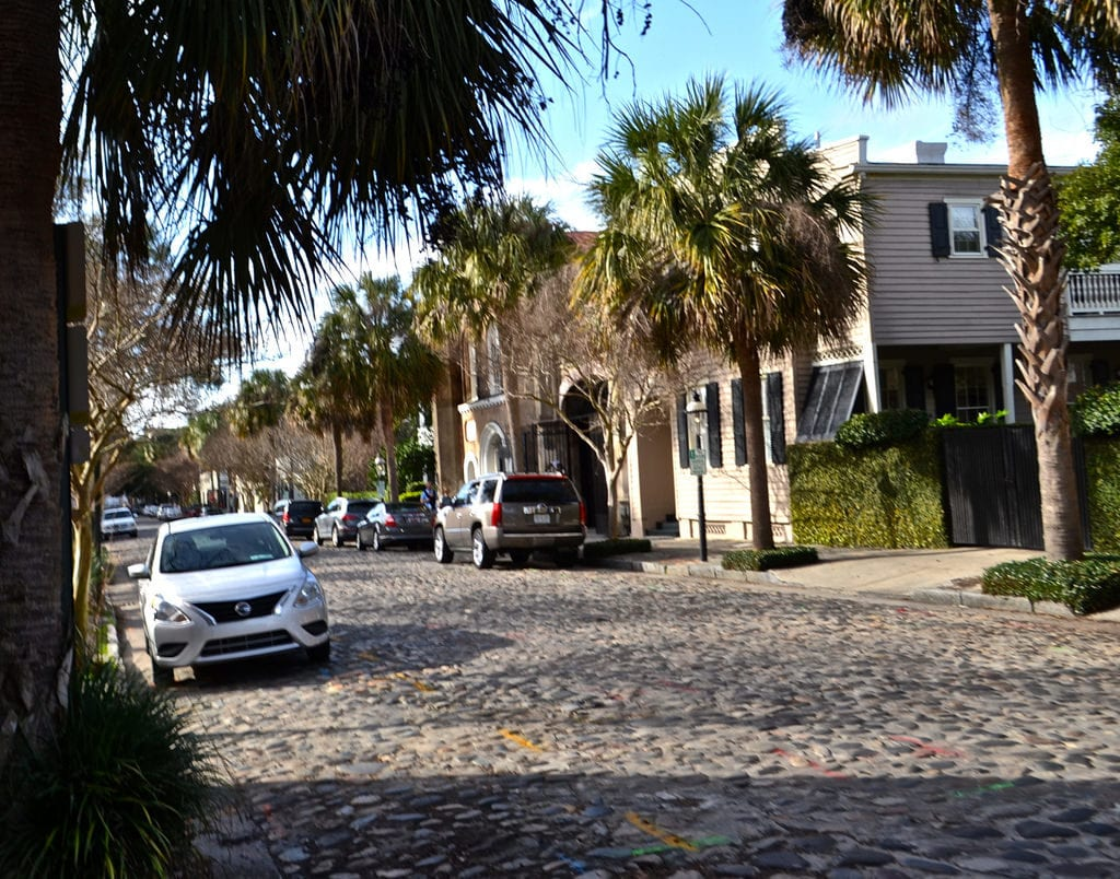 Charleston Tours - Take a walking tour of Charleston to really feel the history of this city come alive - South Carolina, USA