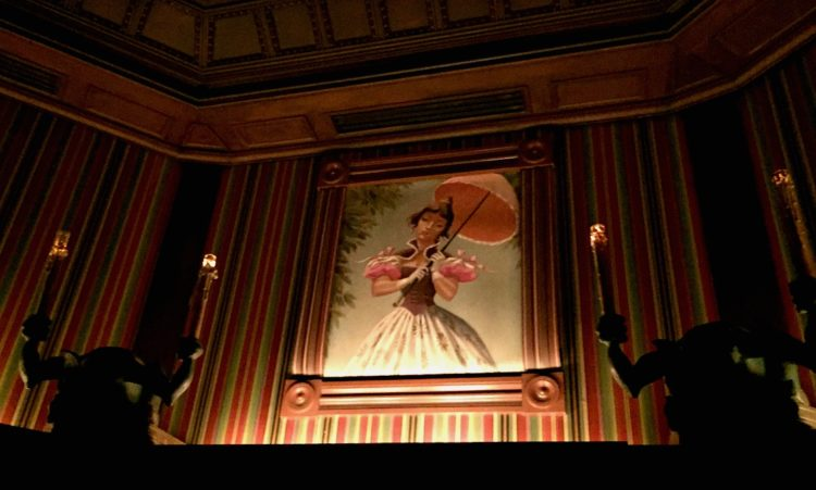 Five Reasons Why Disneyland's Haunted Mansion RULES!