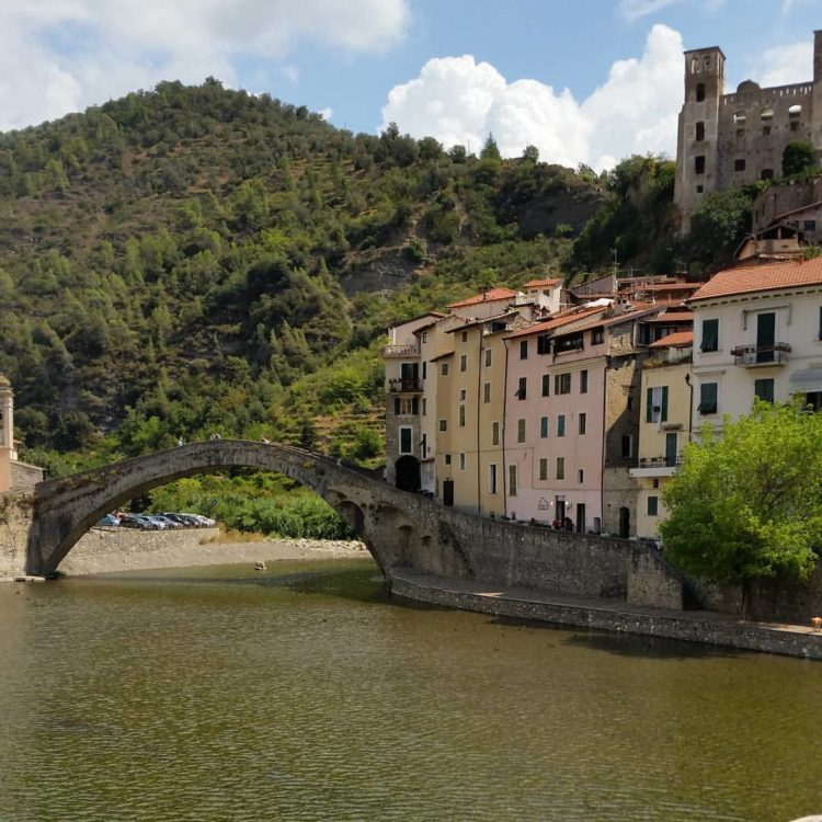 DolceAcqua, one of the Cinque Valli, Italy, is the setting for an 1884 Monet.