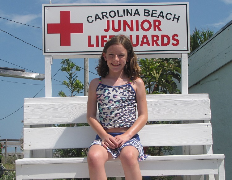 Hannah during our 2012 vacation - if you look closely, the small bump on her right knee is clearly visible. Childhood Cancer Awareness Month 2016