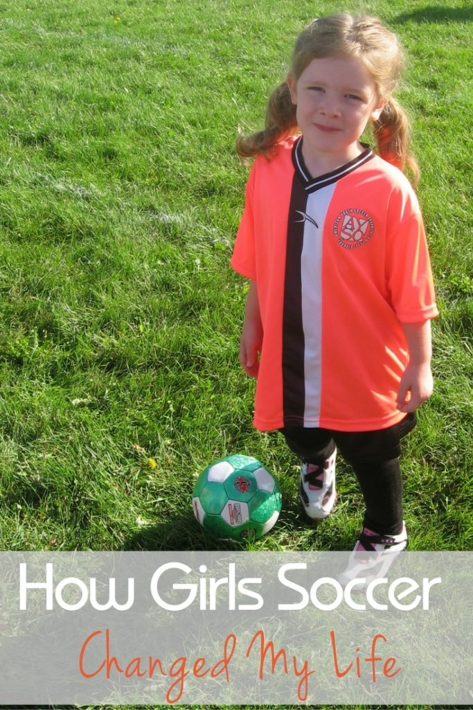 girls-soccer-pin