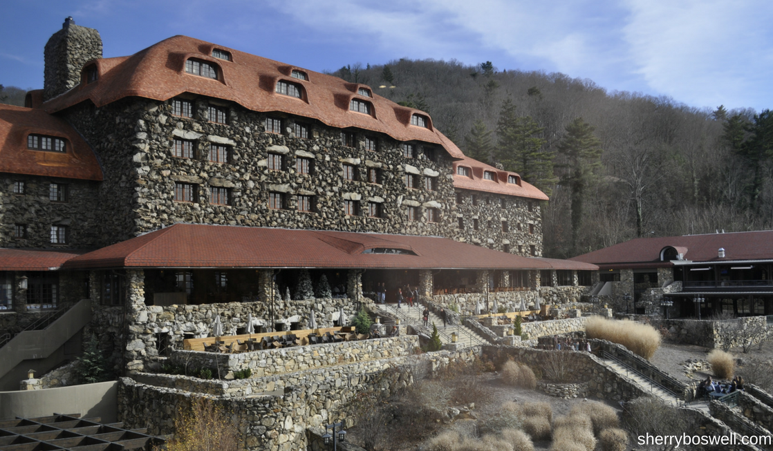 What makes the Omni Grove Park Inn the best Christmas hotel in Asheville? Check out the view from the back of this historic hotel.