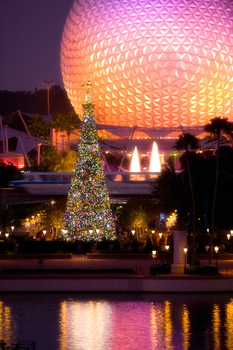 Light Up the Holiday Night at Epcot. Photo Courtesy of WDW News.