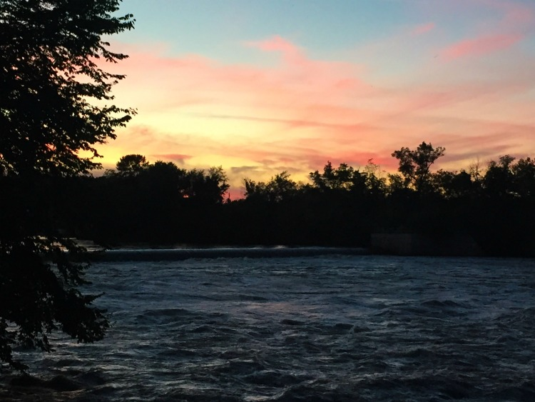 iowa-outdoors-tour-river-sunset