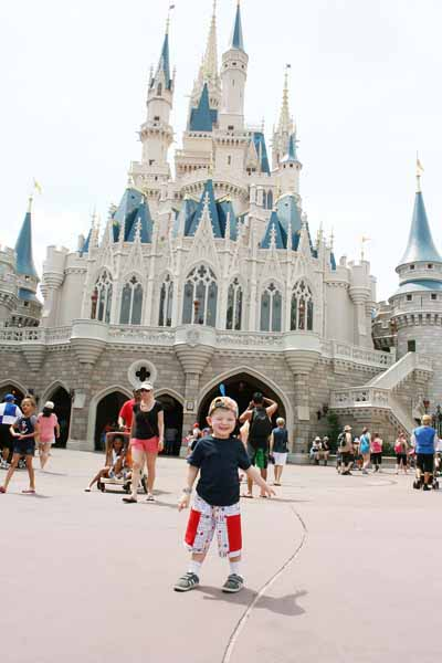 Day Trips Traveling Mom Julie Bigboy celebrates the Magic Kingdom 45th Anniversary with a story about her first time to Walt Disney World