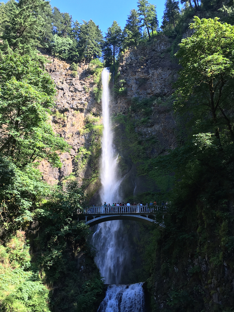 Multnomah Falls with kids, Oregon with kids, Waterfalls along Columbia River Gorge,