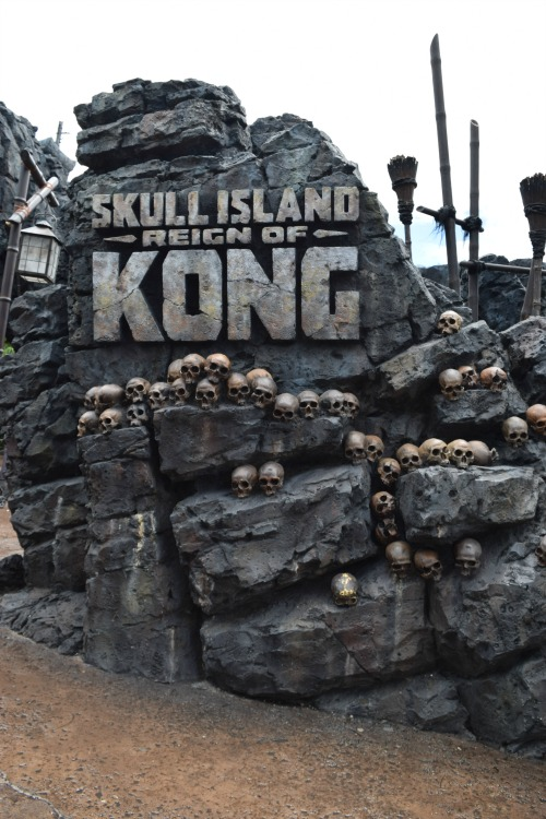 One of the newest rides at Universal Studios. Skull Island: Reign of Kong. Posted wait times with 105 minutes but our Universal Studios Florida VIP Experience time: 5 minutes.