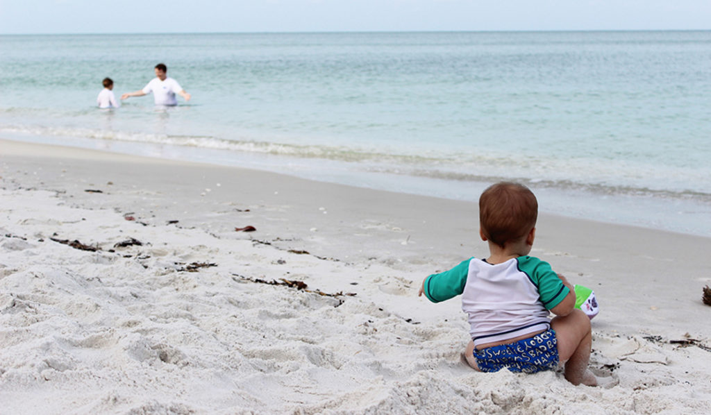 Looking to take baby on spring break? Spring break with baby doesn't have to be a hassle if you follow these essential tips