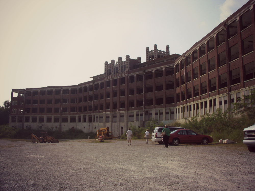 1 of 3 Haunted Places in the United States: Waverly Hills Sanatorium, Louisville, Kentucky. Do you dare visit?