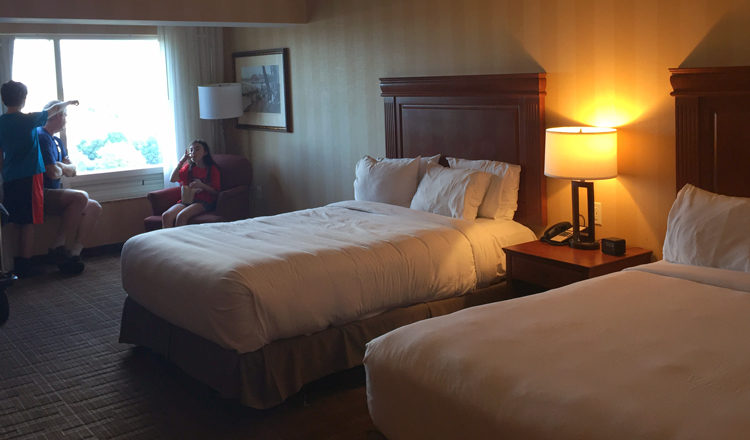 Hotel Review - DoubleTree Fallsview Resort and Spa by Hilton