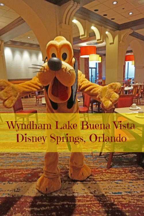 Disney vacation on a budget at Lake Buena Vista Disney Springs - photo by Yvonne Jasinski Credit Card TravelingMom