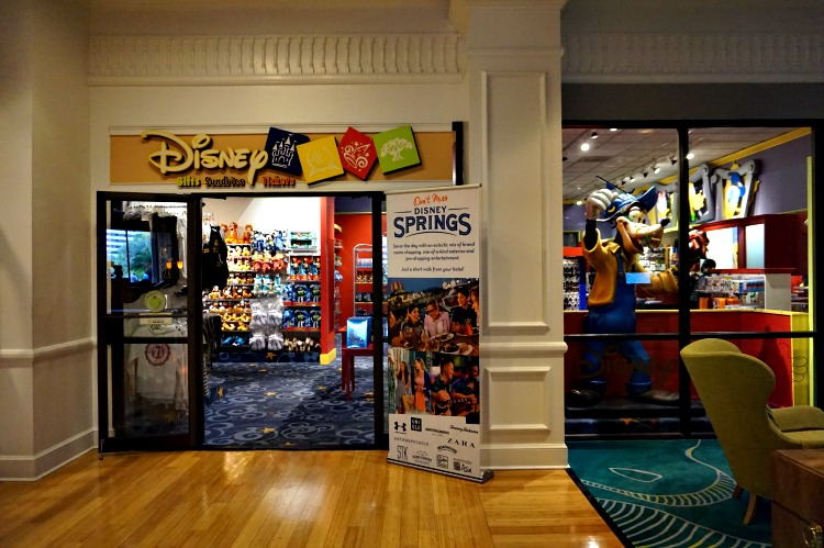 Disney Store at Wynham Lake Buena Vista