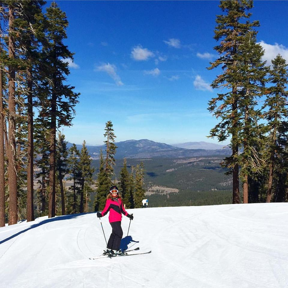 It's time for ski season planning - which means it's time for another #TMOM Twitter party. Join us on October 24 to book your snow season travel.