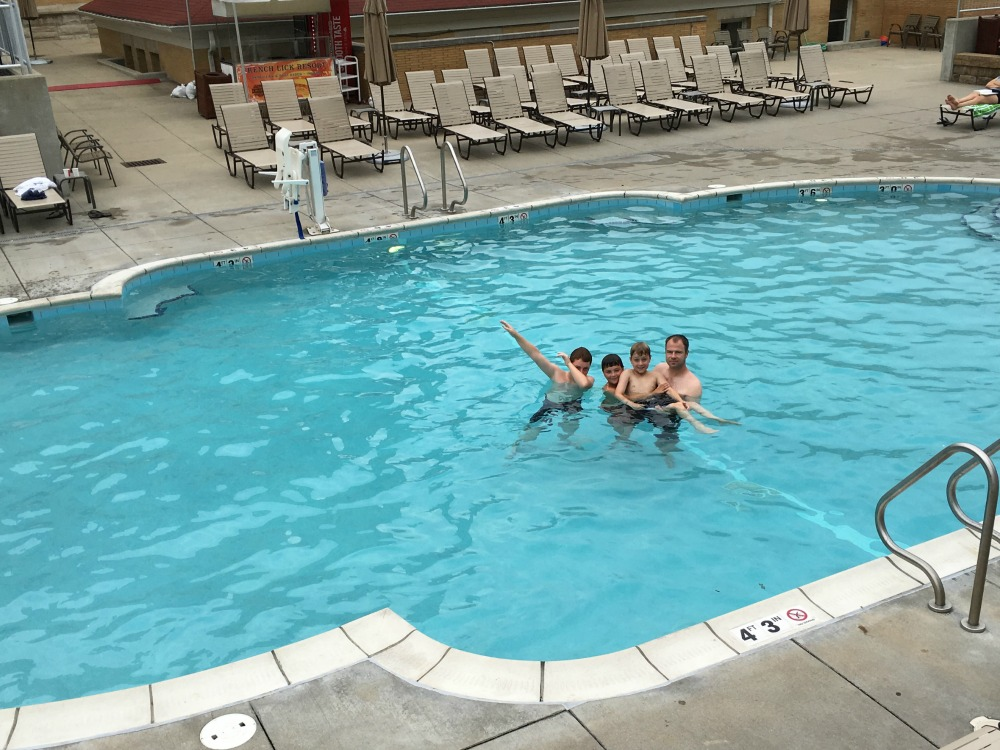 french-lick-springs-hotel-pool-traveling-mom