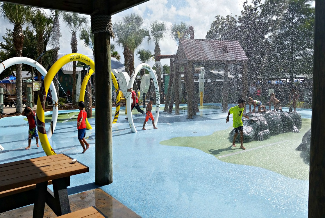 Wrasslin' gators is hot work! Cool down at this fun splash pad inside Gatorland!