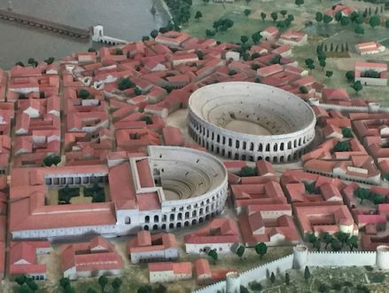 Model of Arles in the archeological museum
