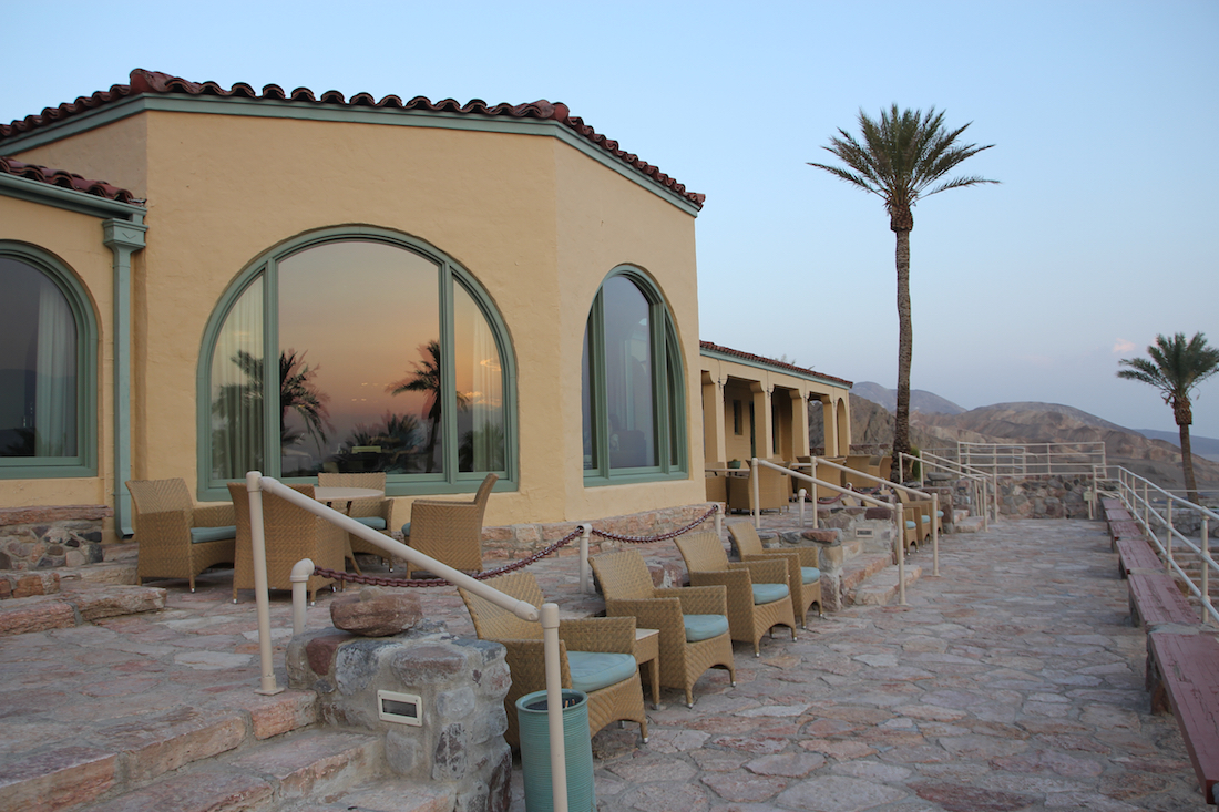 luxury hotels in Death Valley, best places to stay in Death Valley, best places to watch a sunset,