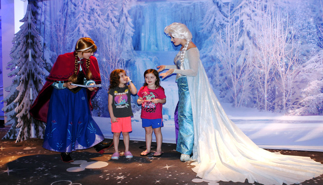 What You Need to Know About Disney Cruise Line Character Meets