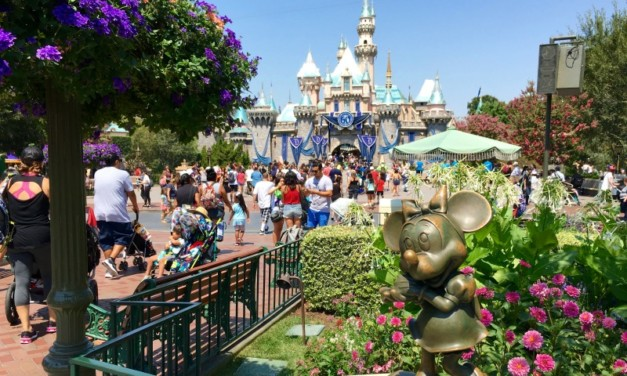 10 Things to Know About Staying Off-Property at Disneyland