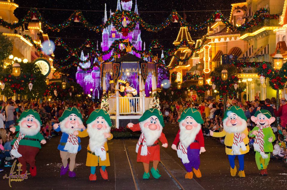 mickeys once upon a christmastime parade during mickeys very merry christmas party makes the extra price - Disney World Christmas Decorations 2017