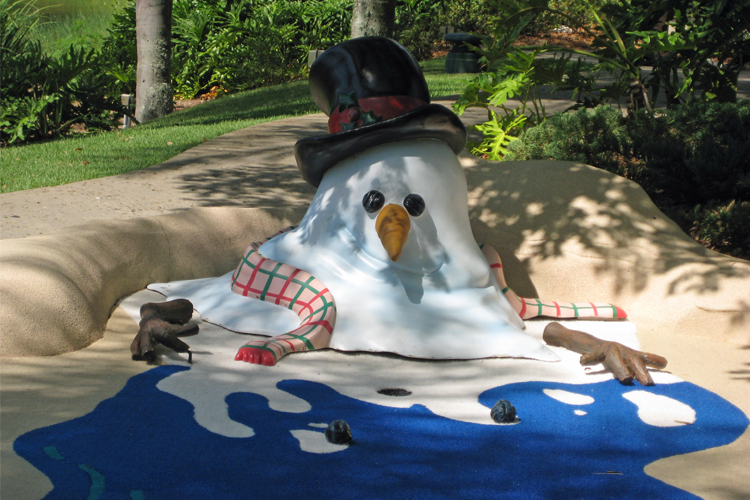 Summer or Winter? Which will you choose at Winter Summerland Mini Golf at Walt Disney World