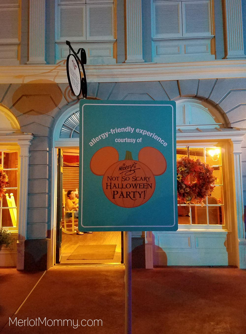 allergy friendly experience sign at Magic Kingdom
