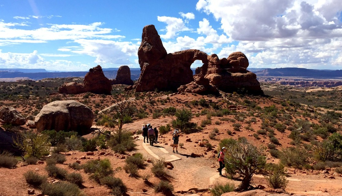 Arches National Park Magnificent Day Adventure in Utah